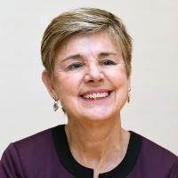 サリー・ヘルゲセン